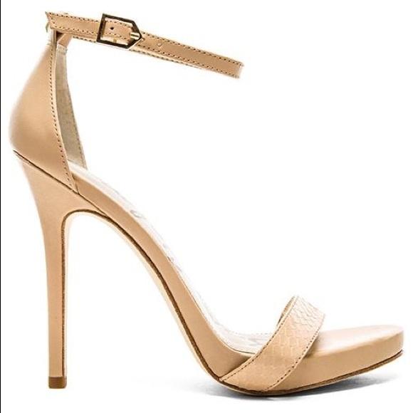 b4a2e2c6bad31d Sam Edelman Eleanor Nude Ankle Strap Heels. M 5b245e5f2beb79526b8a7c53